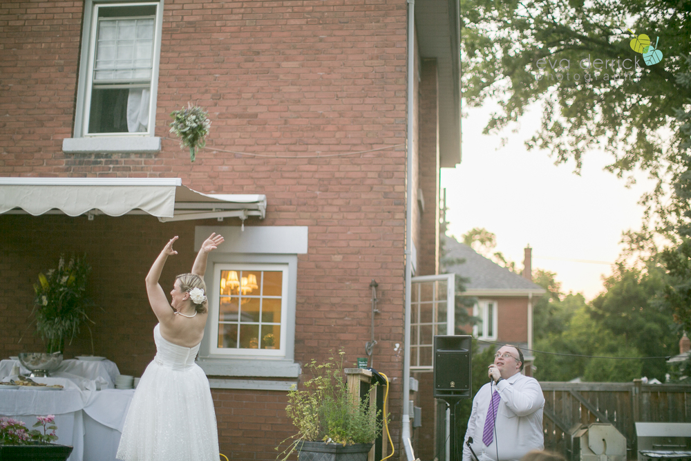 toronto-wedding-photographer-toronto-weddings-GTA-backyard-weddings-eva-derrick-photography-0628.jpg