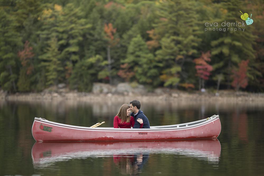 minden-engagement-photographer-cottage-engagement-session-engagement-images-canoe-session-niagara-wedding-photographer-niagara-region-eva-derrick-photo