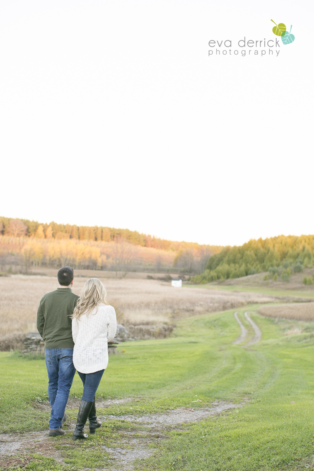 Albion-Hills-Photographer-Engagement-Session-Alanna-Matt-photography-by-Eva-Derrick-Photography-021.JPG