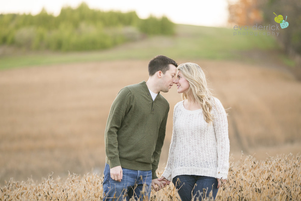 Albion-Hills-Photographer-Engagement-Session-Alanna-Matt-photography-by-Eva-Derrick-Photography-029.JPG