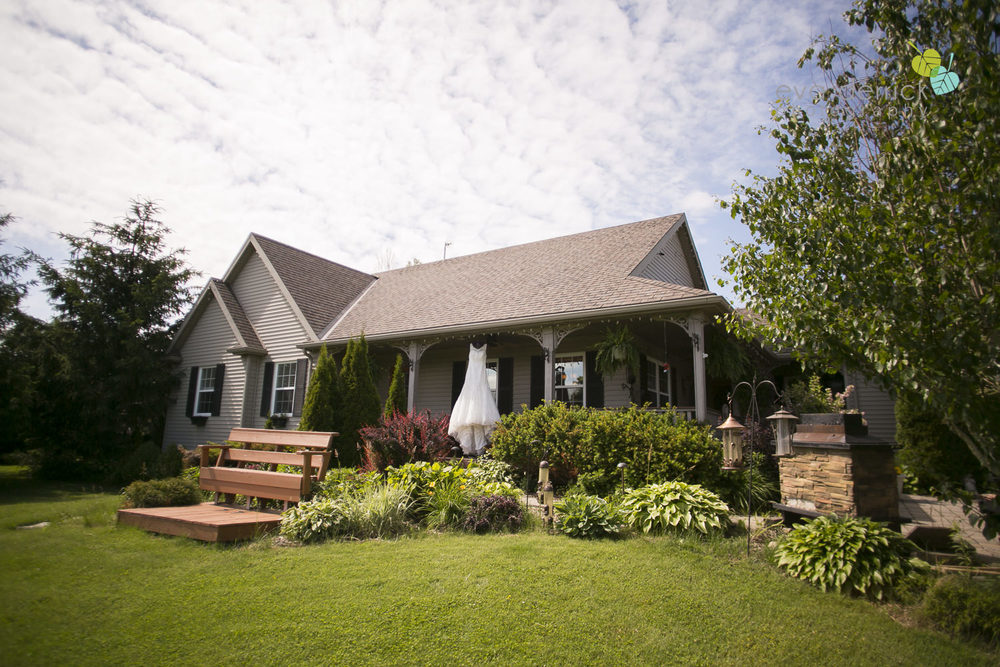 Ancaster-Mill-Weddings-Hamilton-Wedding-Photographer-Ancaster-Wedding-Photographer-photography-by-Eva-Derrick-Photography-005.JPG