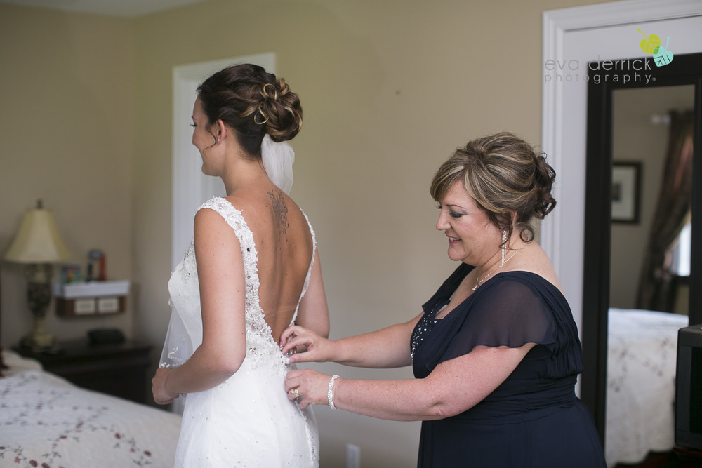 Ancaster-Mill-Weddings-Hamilton-Wedding-Photographer-Ancaster-Wedding-Photographer-photography-by-Eva-Derrick-Photography-007.JPG