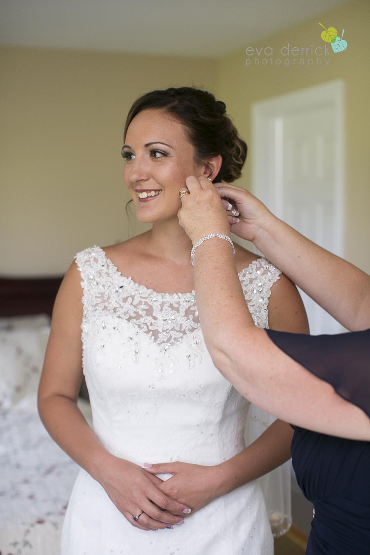 Ancaster-Mill-Weddings-Hamilton-Wedding-Photographer-Ancaster-Wedding-Photographer-photography-by-Eva-Derrick-Photography-010.JPG