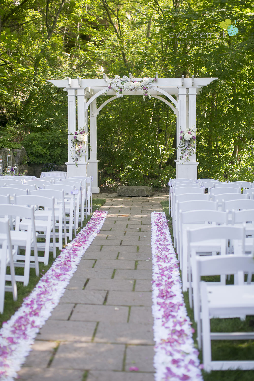 Ancaster-Mill-Weddings-Hamilton-Wedding-Photographer-Ancaster-Wedding-Photographer-photography-by-Eva-Derrick-Photography-013.JPG