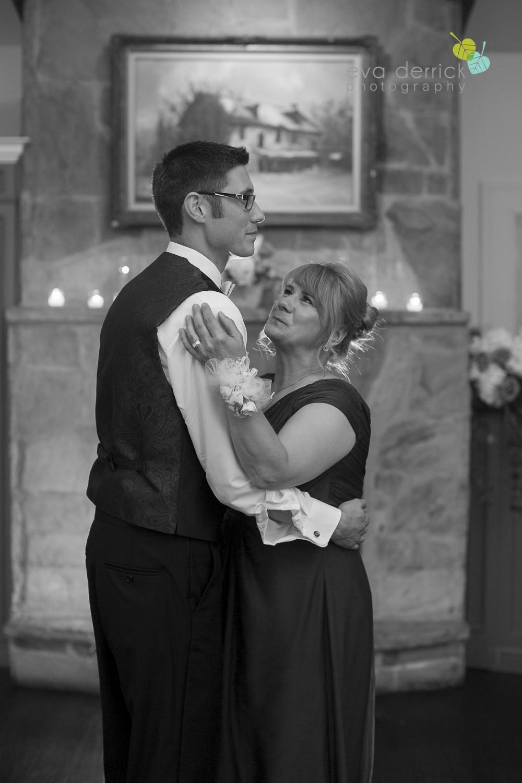 Ancaster-Mill-Weddings-Hamilton-Wedding-Photographer-Ancaster-Wedding-Photographer-photography-by-Eva-Derrick-Photography-046.JPG