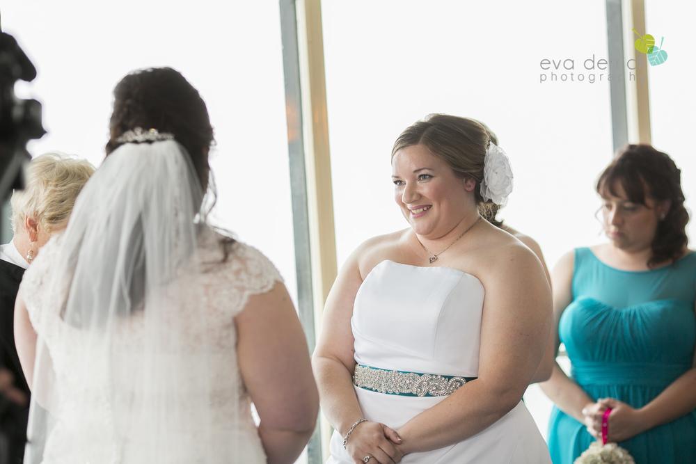 Queenston-Heights-Weddings-Niagara-Parks-Weddings-Niagara-Photographer-Queenston-Wedding-Photographer-photography-by-Eva-Derrick-Photography-016.JPG