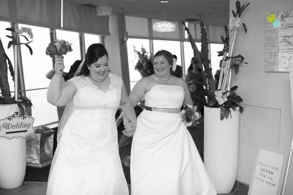 Queenston-Heights-Weddings-Niagara-Parks-Weddings-Niagara-Photographer-Queenston-Wedding-Photographer-photography-by-Eva-Derrick-Photography-018.JPG