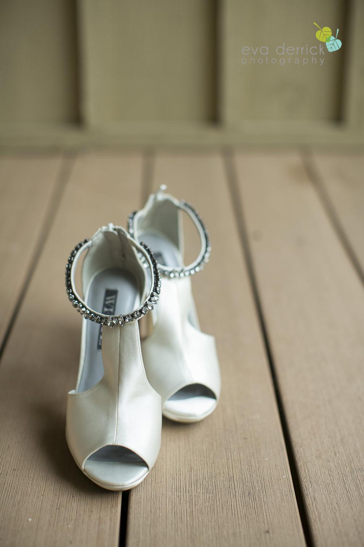 Hamilton-Wedding-Photographer-Anne-an-Co-Niagara-Weddings-Niagara-Elopement-photography-by-Eva-Derrick-Photography-004.JPG
