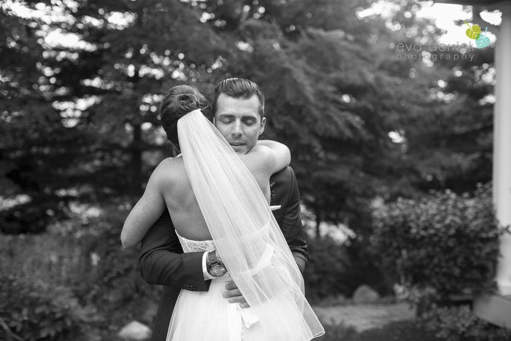 Hamilton-Wedding-Photographer-Anne-an-Co-Niagara-Weddings-Niagara-Elopement-photography-by-Eva-Derrick-Photography-012.JPG