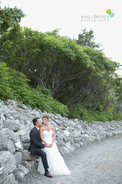 Hamilton-Wedding-Photographer-Anne-an-Co-Niagara-Weddings-Niagara-Elopement-photography-by-Eva-Derrick-Photography-020.JPG