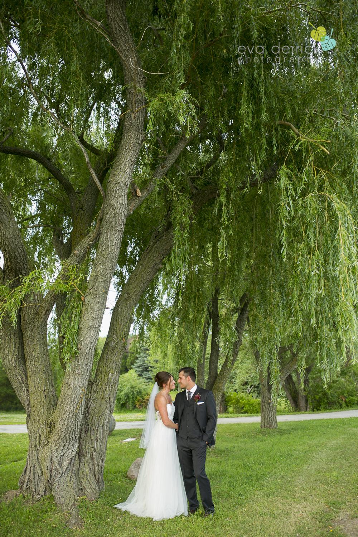 Hamilton-Wedding-Photographer-Anne-an-Co-Niagara-Weddings-Niagara-Elopement-photography-by-Eva-Derrick-Photography-022.JPG