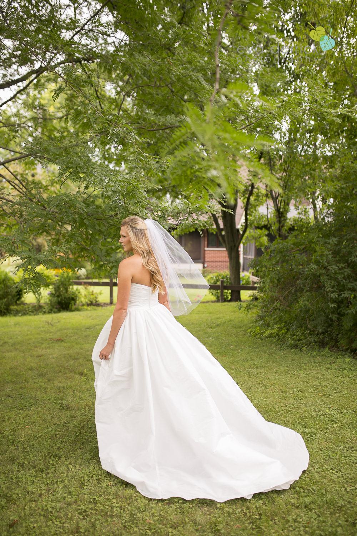 Twenty-Valley-Wedding-Photographer-Niagara-Weddings-photography-by-Eva-Derrick-Photography-007.JPG