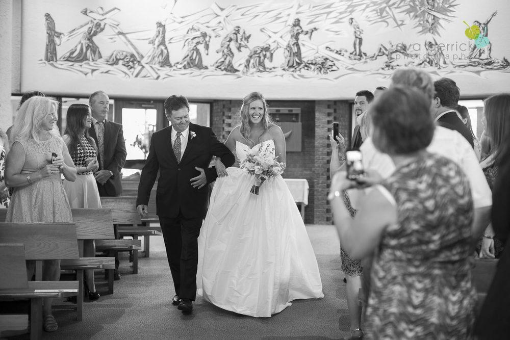 Twenty-Valley-Wedding-Photographer-Niagara-Weddings-photography-by-Eva-Derrick-Photography-012.JPG