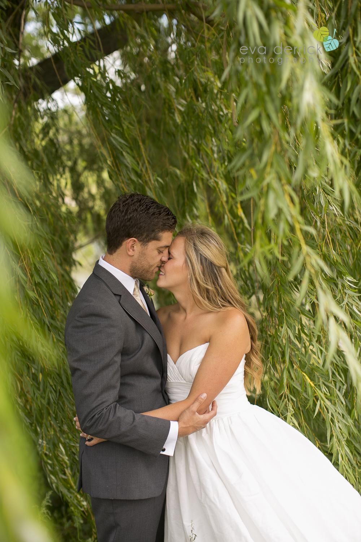 Twenty-Valley-Wedding-Photographer-Niagara-Weddings-photography-by-Eva-Derrick-Photography-023.JPG
