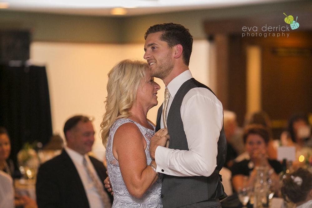 Twenty-Valley-Wedding-Photographer-Niagara-Weddings-photography-by-Eva-Derrick-Photography-044.JPG