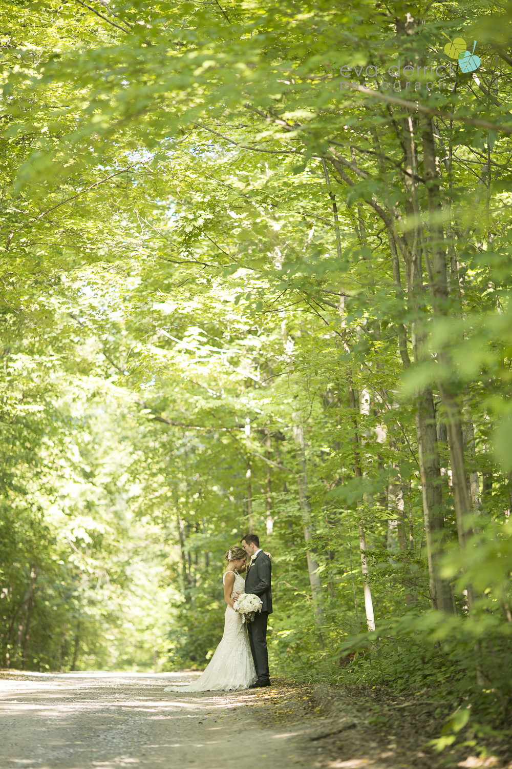 Niagara-on-the-Lake-Wedding-Photographer-White-Oaks-Resort-Spa-Niagara-Weddings-photography-by-Eva-Derrick-Photography-026.JPG