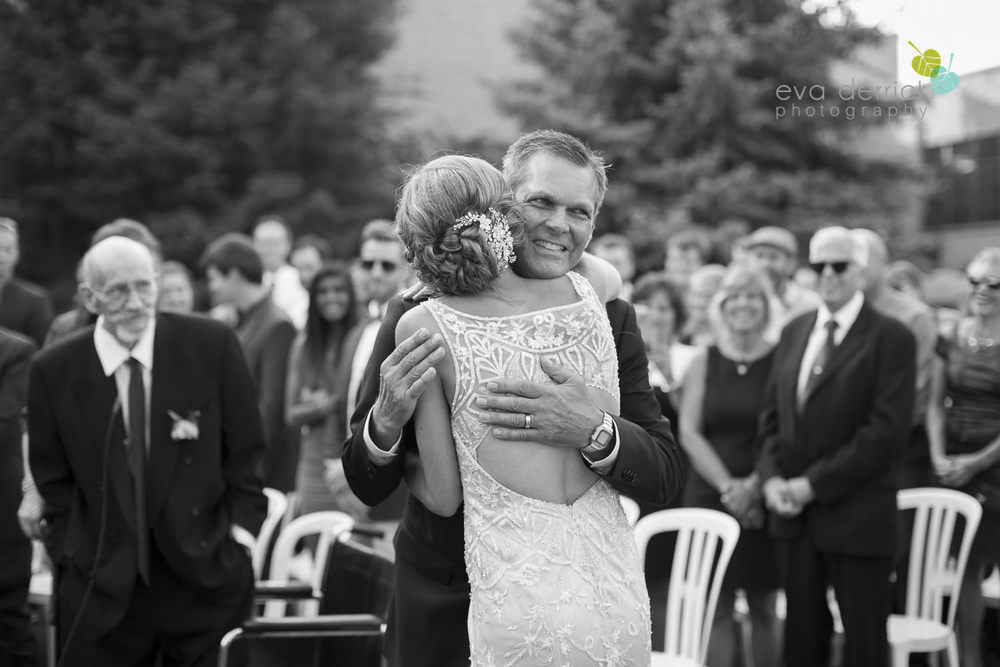 Niagara-on-the-Lake-Wedding-Photographer-White-Oaks-Resort-Spa-Niagara-Weddings-photography-by-Eva-Derrick-Photography-035.JPG