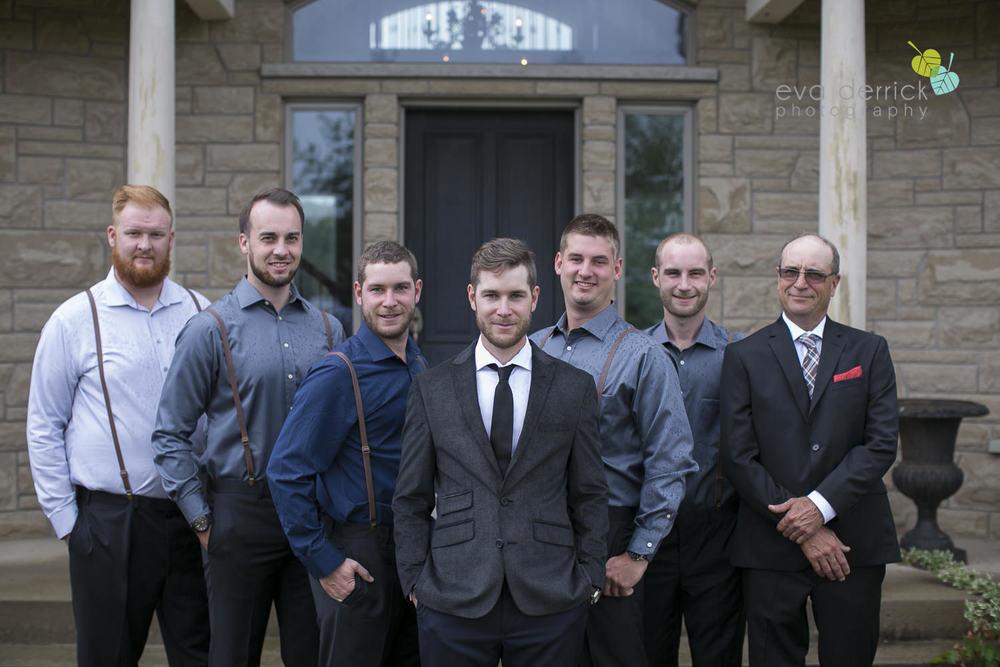 Honsberger-Estate-Wedding-Photographer-Niagara-Weddings-photography-by-Eva-Derrick-Photography-006.JPG