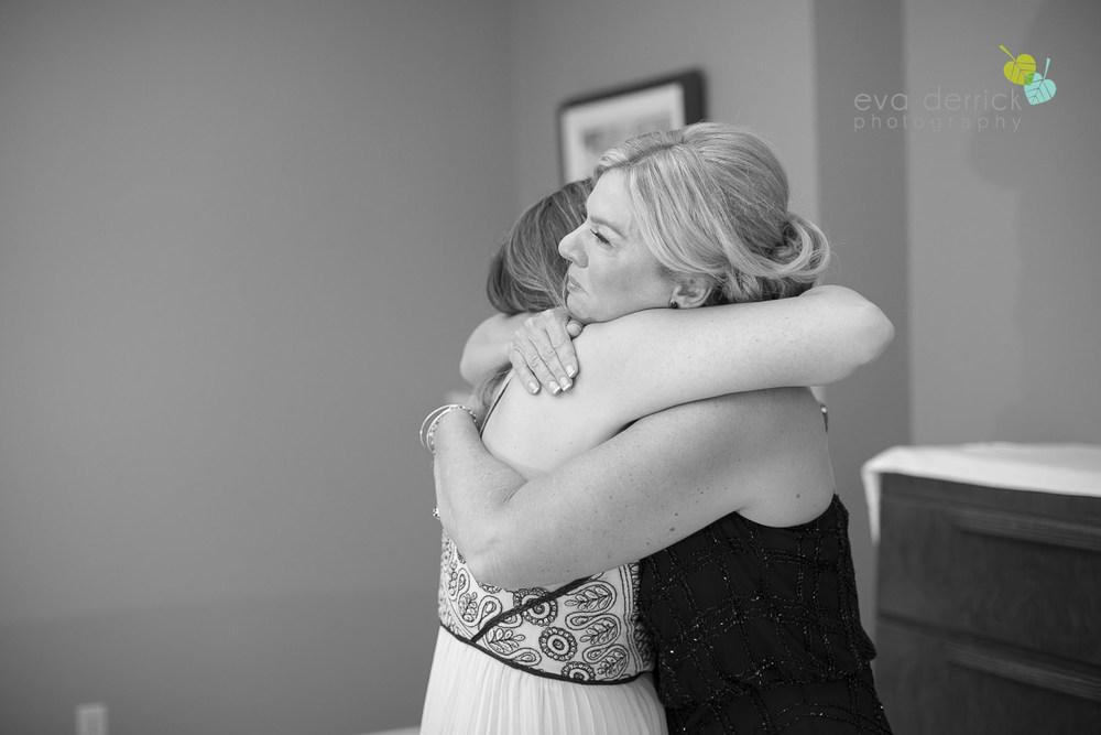 Honsberger-Estate-Wedding-Photographer-Niagara-Weddings-photography-by-Eva-Derrick-Photography-012.JPG