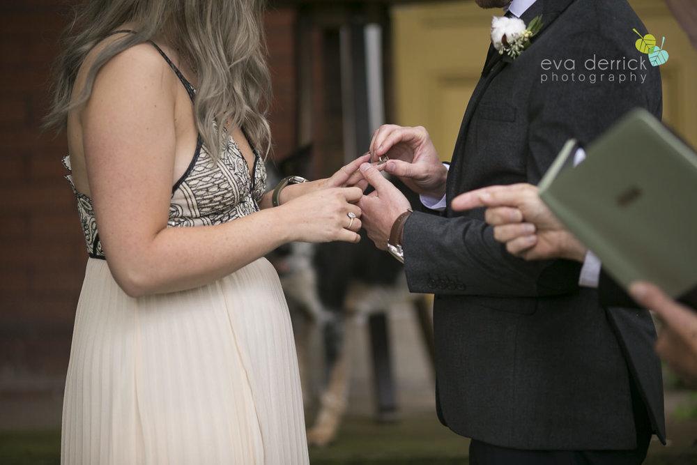 Honsberger-Estate-Wedding-Photographer-Niagara-Weddings-photography-by-Eva-Derrick-Photography-050.JPG