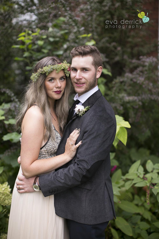 Honsberger-Estate-Wedding-Photographer-Niagara-Weddings-photography-by-Eva-Derrick-Photography-055.JPG