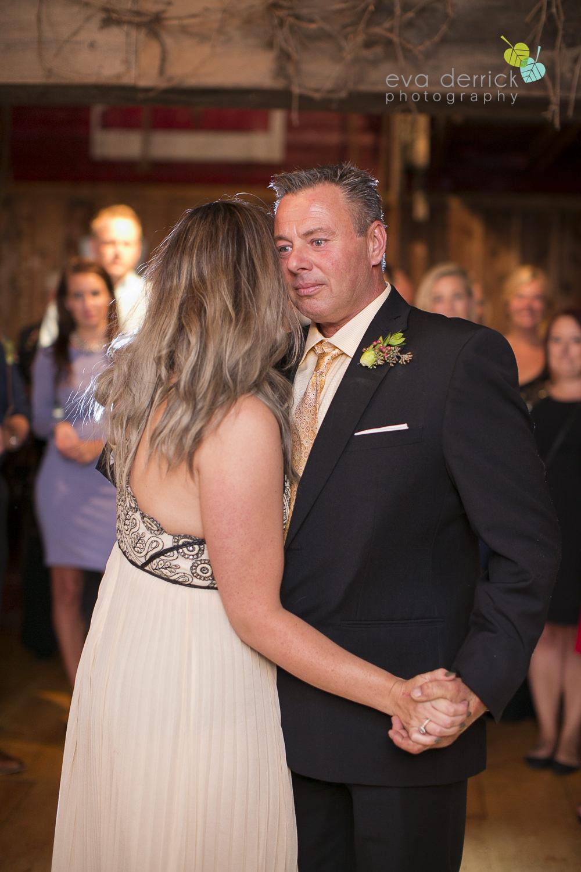Honsberger-Estate-Wedding-Photographer-Niagara-Weddings-photography-by-Eva-Derrick-Photography-086.JPG