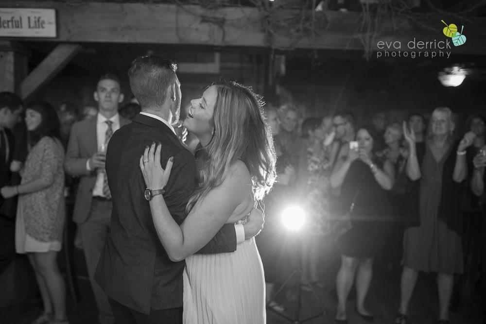 Honsberger-Estate-Wedding-Photographer-Niagara-Weddings-photography-by-Eva-Derrick-Photography-087.JPG