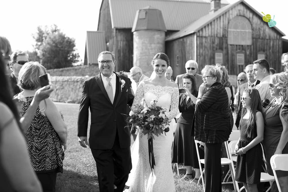 St-Catharines-Wedding-Photographer-Hernder-Estate-Wines-Niagara-Weddings-photography-by-Eva-Derrick-Photography-022.JPG