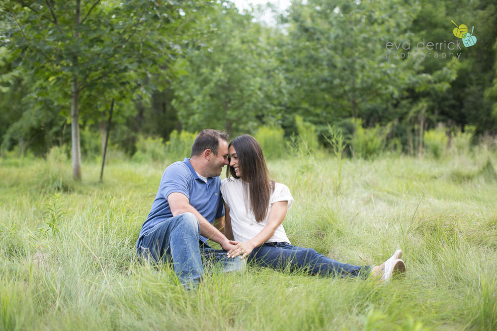 Niagara-Engagement-Session-photography-by-Eva-Derrick-Photography-004.JPG