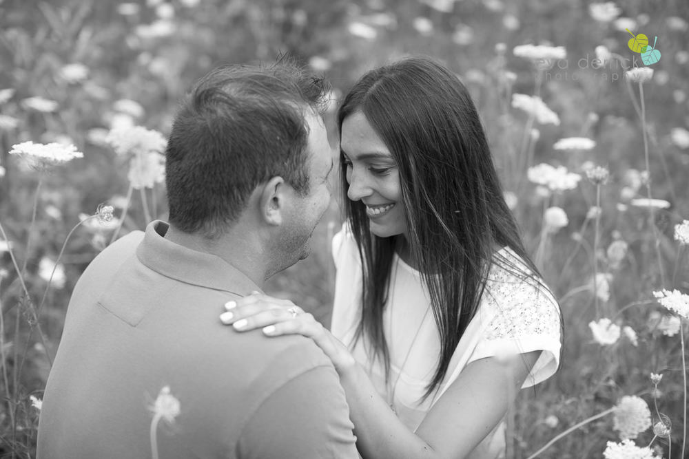 Niagara-Engagement-Session-photography-by-Eva-Derrick-Photography-006.JPG