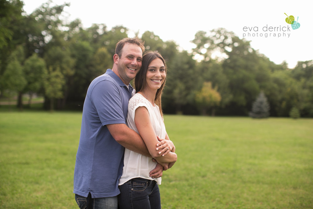 Niagara-Engagement-Session-photography-by-Eva-Derrick-Photography-010.JPG