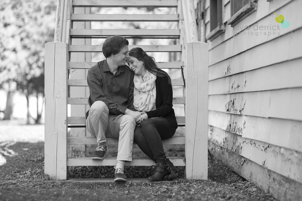 Niagara-on-the-Lake-Engagement-Session-photography-by-Eva-Derrick-Photography-010.JPG