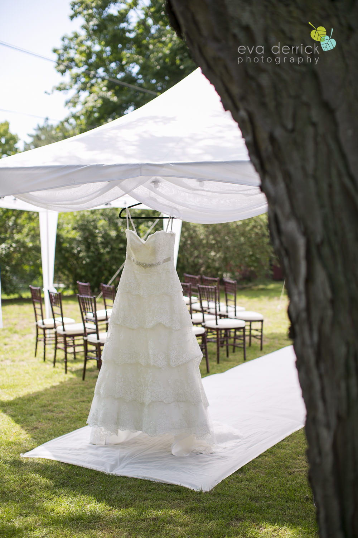 Burlington-Weddings-intimate-weddings-Blacktree-Restaurant-wedding-photo-by-eva-derrick-photography-005.JPG