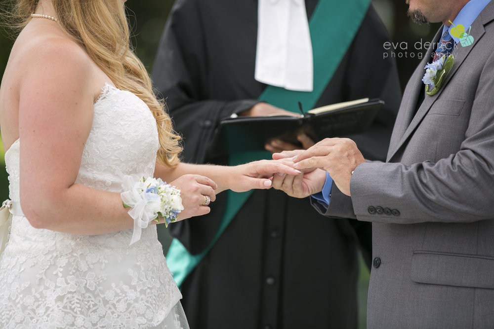 Burlington-Weddings-intimate-weddings-Blacktree-Restaurant-wedding-photo-by-eva-derrick-photography-022.JPG