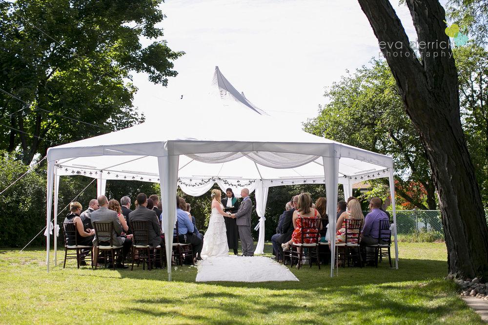 Burlington-Weddings-intimate-weddings-Blacktree-Restaurant-wedding-photo-by-eva-derrick-photography-020.JPG