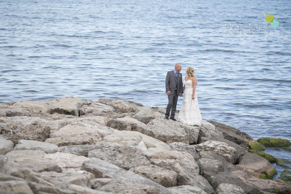 Burlington-Weddings-intimate-weddings-Blacktree-Restaurant-wedding-photo-by-eva-derrick-photography-033.JPG