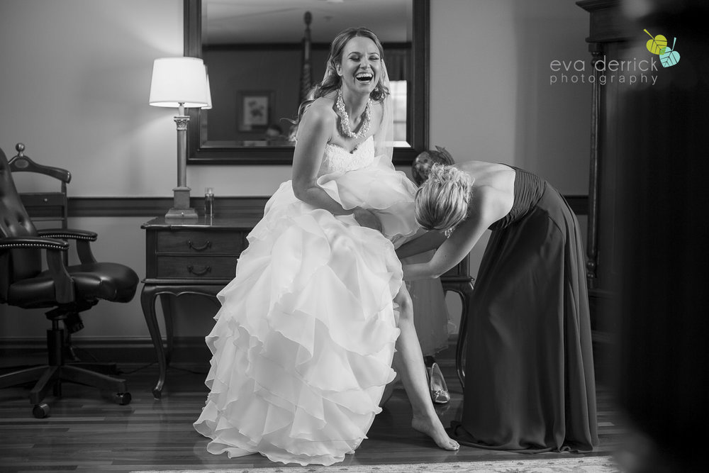 Pillar-and-Post-Weddings-Niagara-on-the-Lake-Vintage-Hotels-wedding-photo-by-eva-derrick-photography-014.JPG