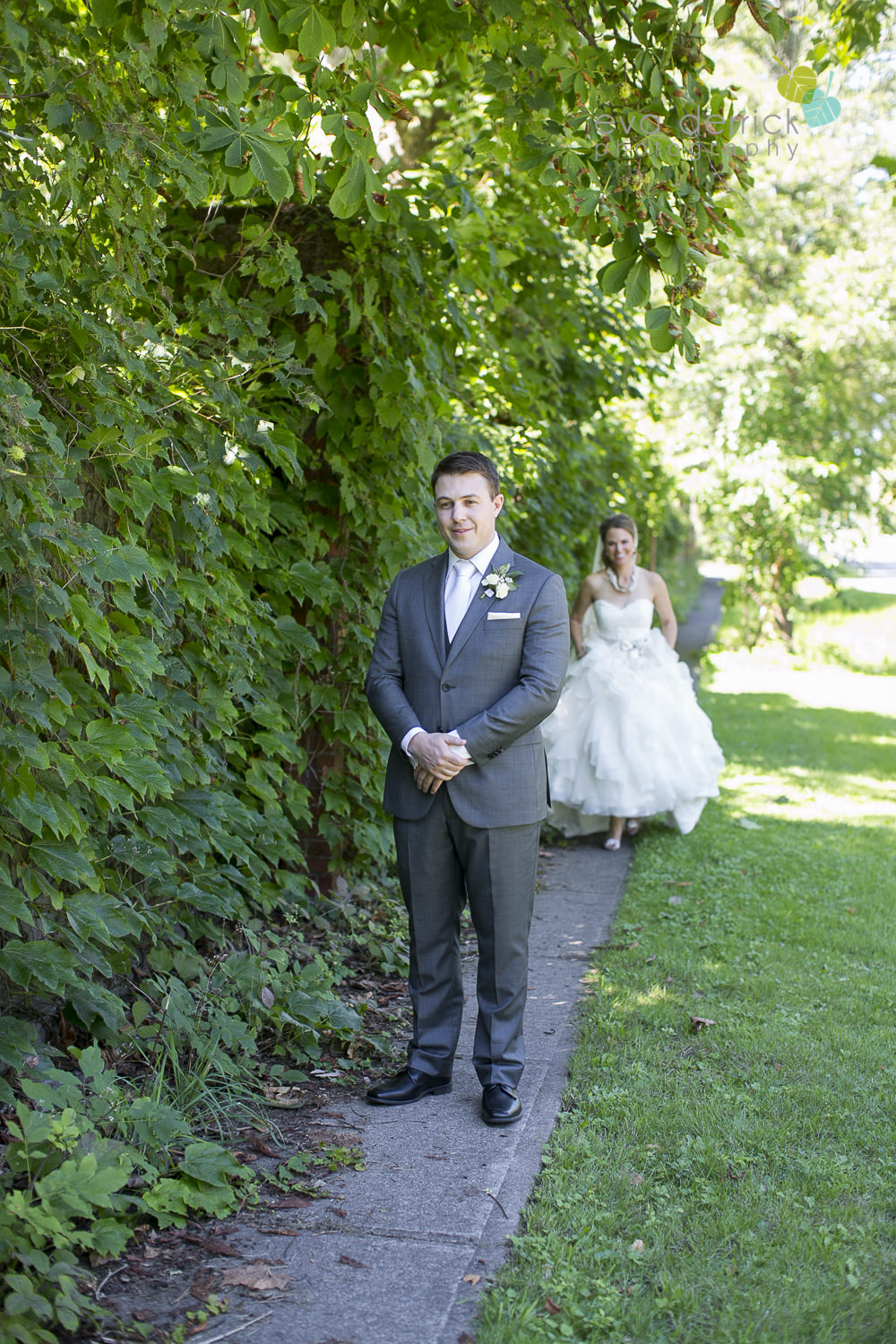 Pillar-and-Post-Weddings-Niagara-on-the-Lake-Vintage-Hotels-wedding-photo-by-eva-derrick-photography-017.JPG