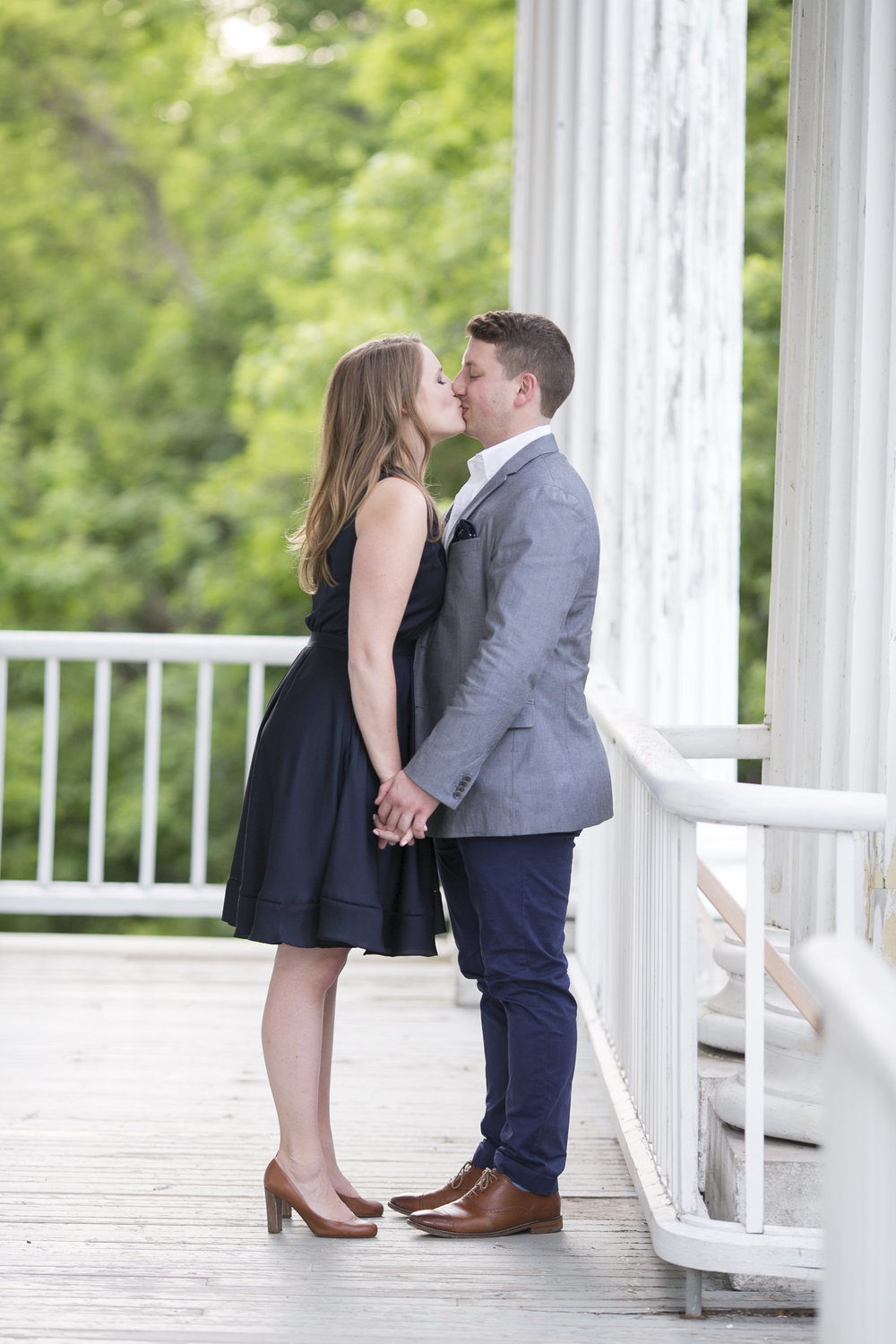 Niagara-on-the-Lake-Summer-Engagement-photos-by-Philosophy-Studios012.JPG
