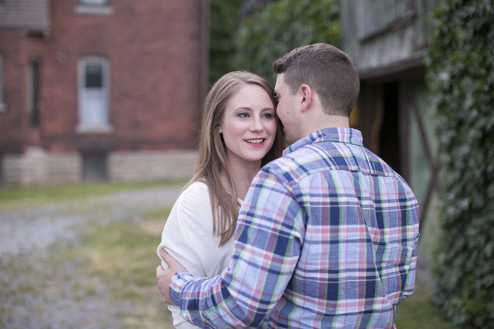 Niagara-on-the-Lake-Summer-Engagement-photos-by-Philosophy-Studios019.JPG