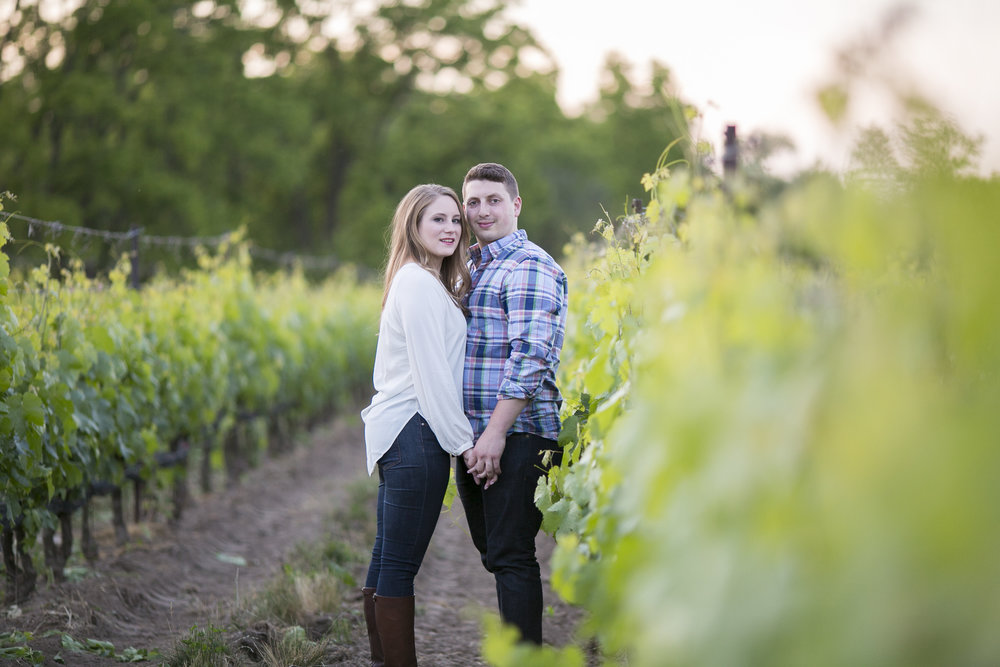 Niagara-on-the-Lake-Summer-Engagement-photos-by-Philosophy-Studios023.JPG