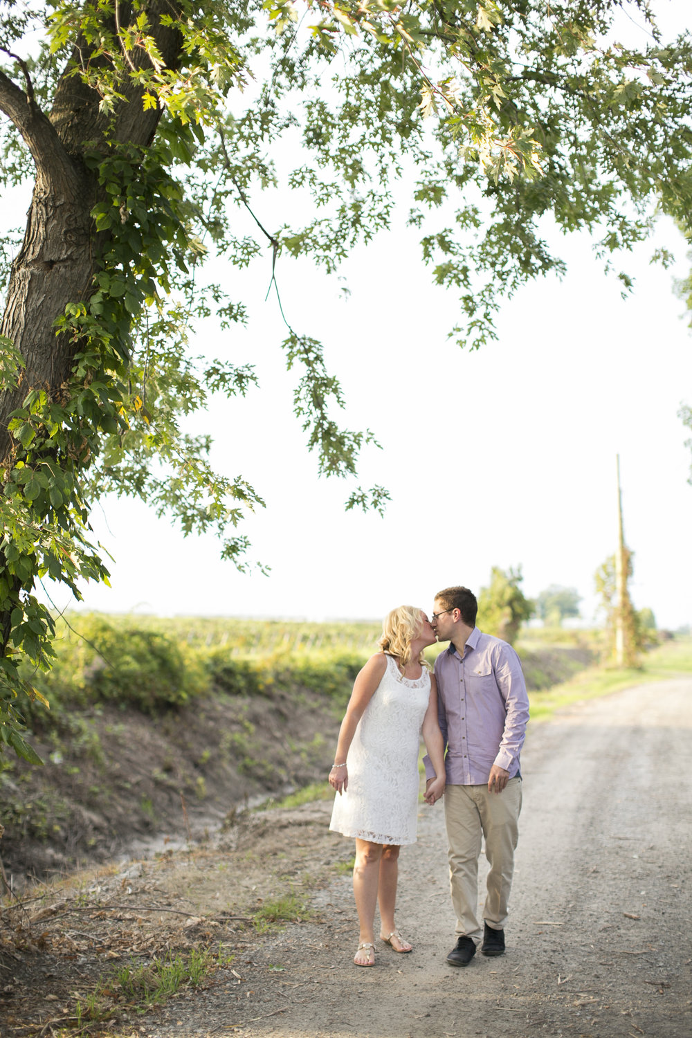 Niagara-on-the-Lake-Engagement-photos-by-Philosophy-Studios-001.JPG