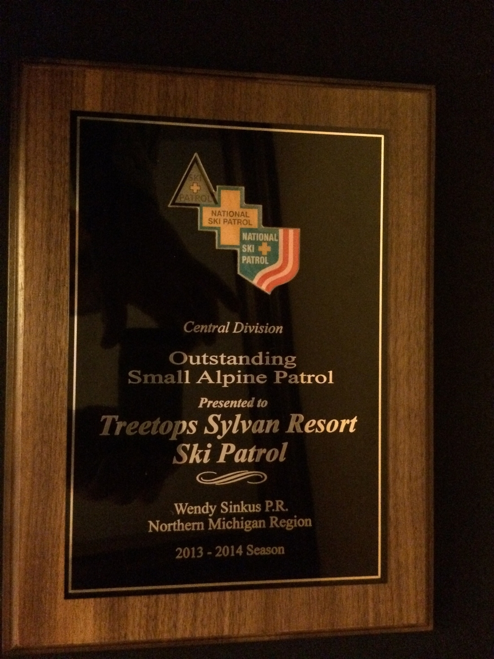 Congratulations to all of our hard working patrollers to the helped us become the 2013/2014 Central Division Outstanding Small Patrol.  This award is presented to the patrol that has less than 40 members and exemplifies what it means to truly be first on and last off.  We want to thank not only all of our hard working patrollers but also our great area managers at Treetops Resort.