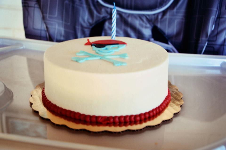 White Cake with Buttercream Frosting and pirate motif