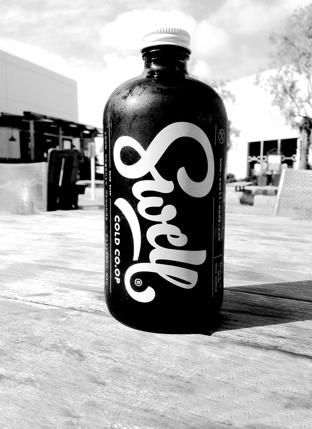 Swell_Bottle_BW.jpg