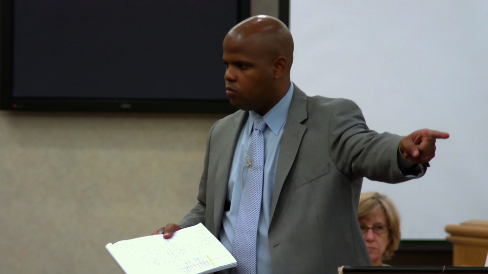 Public defender Travis Williams gives closing remarks in court © 2013 HBO Documentary Films