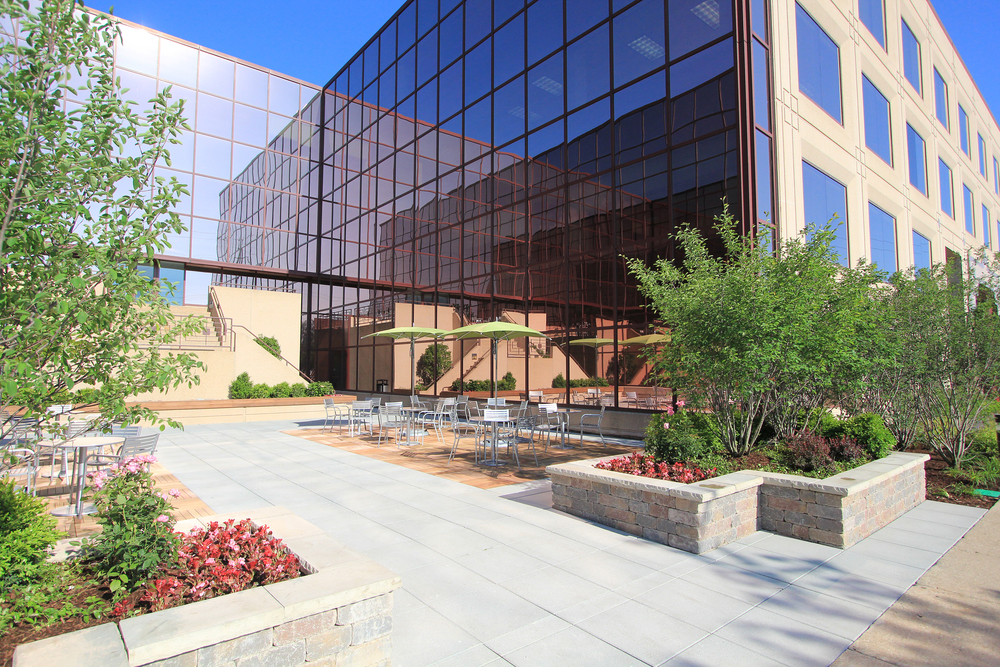 Edens Corporate Center Courtyard.jpg