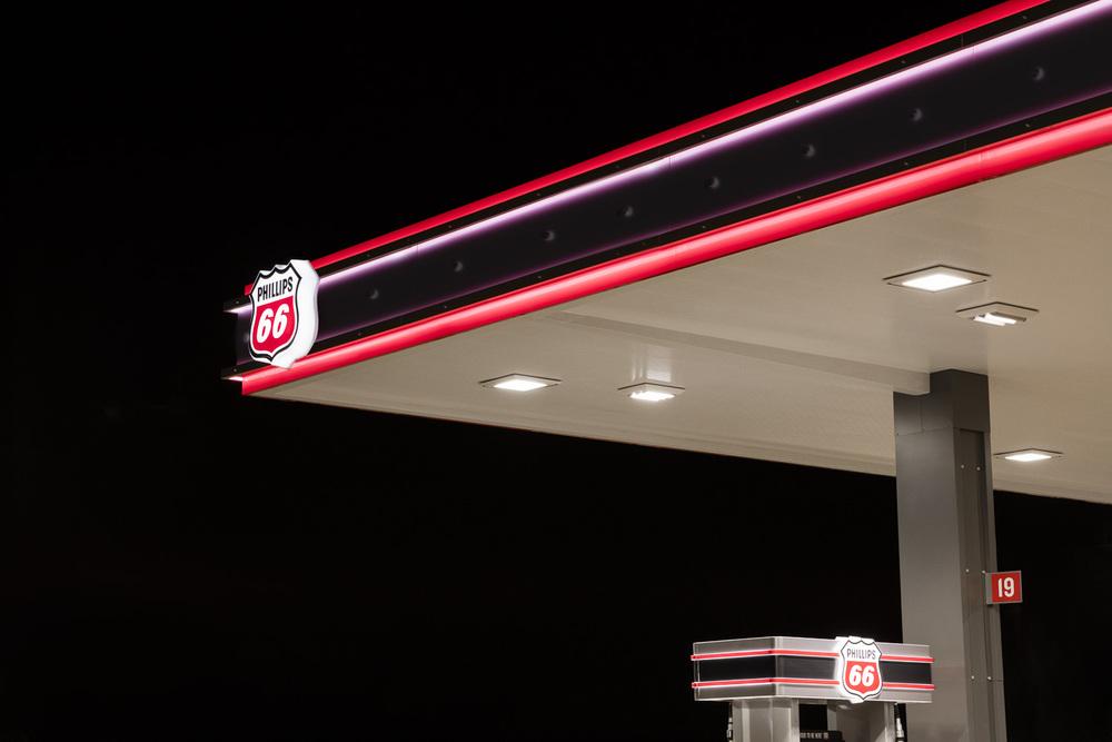 Jamie_Kripke_GasStations-18.jpg
