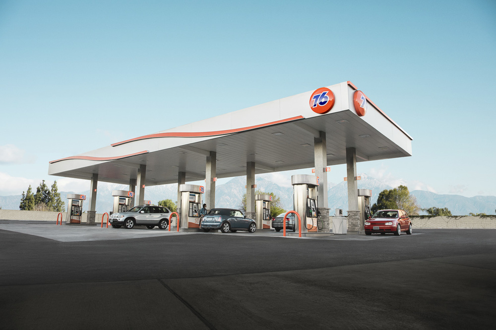 Jamie_Kripke_GasStations-08 copy.jpg