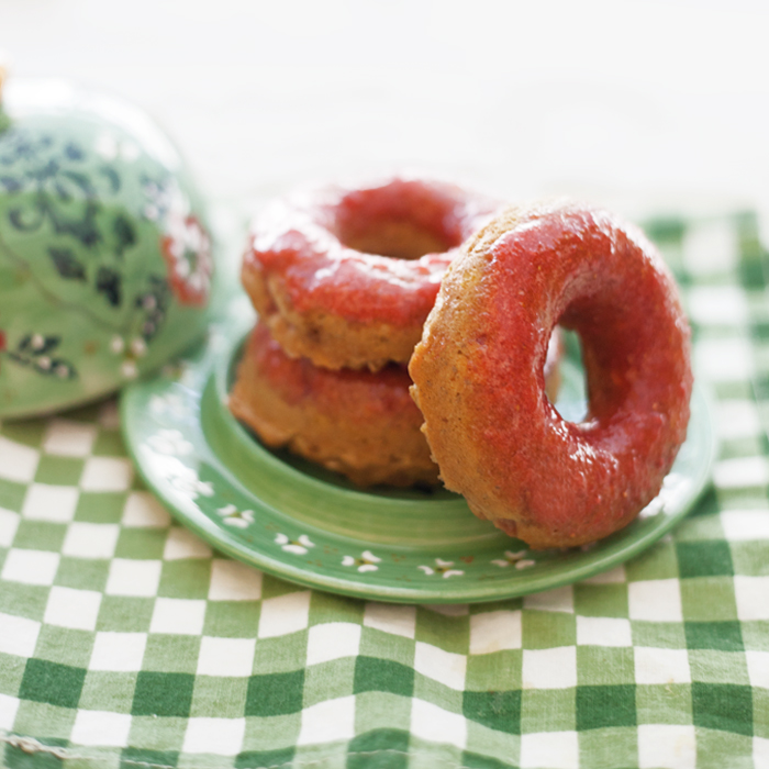 StrawberryOatmealDoughnuts_jg__0144.jpg